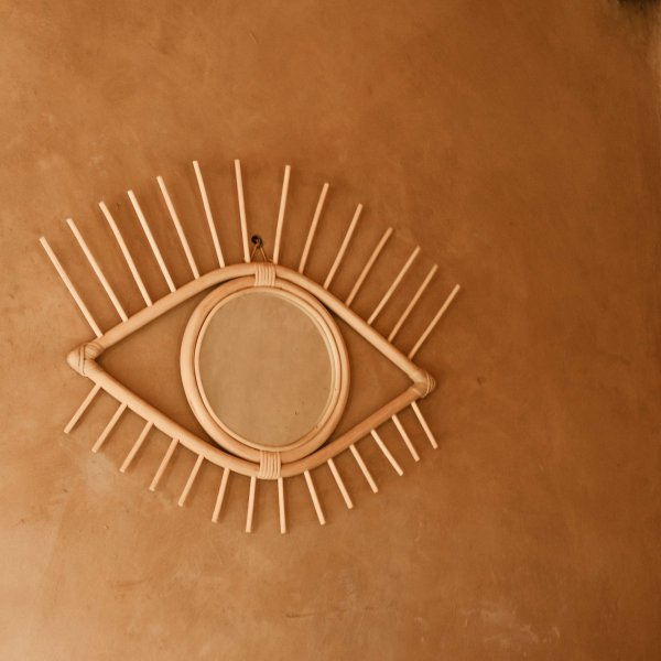 Rattan Wall Eye Mirror in Natural