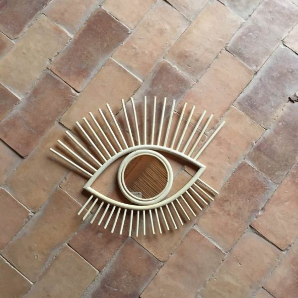 Rattan Wall Eye Mirror in Natural Small
