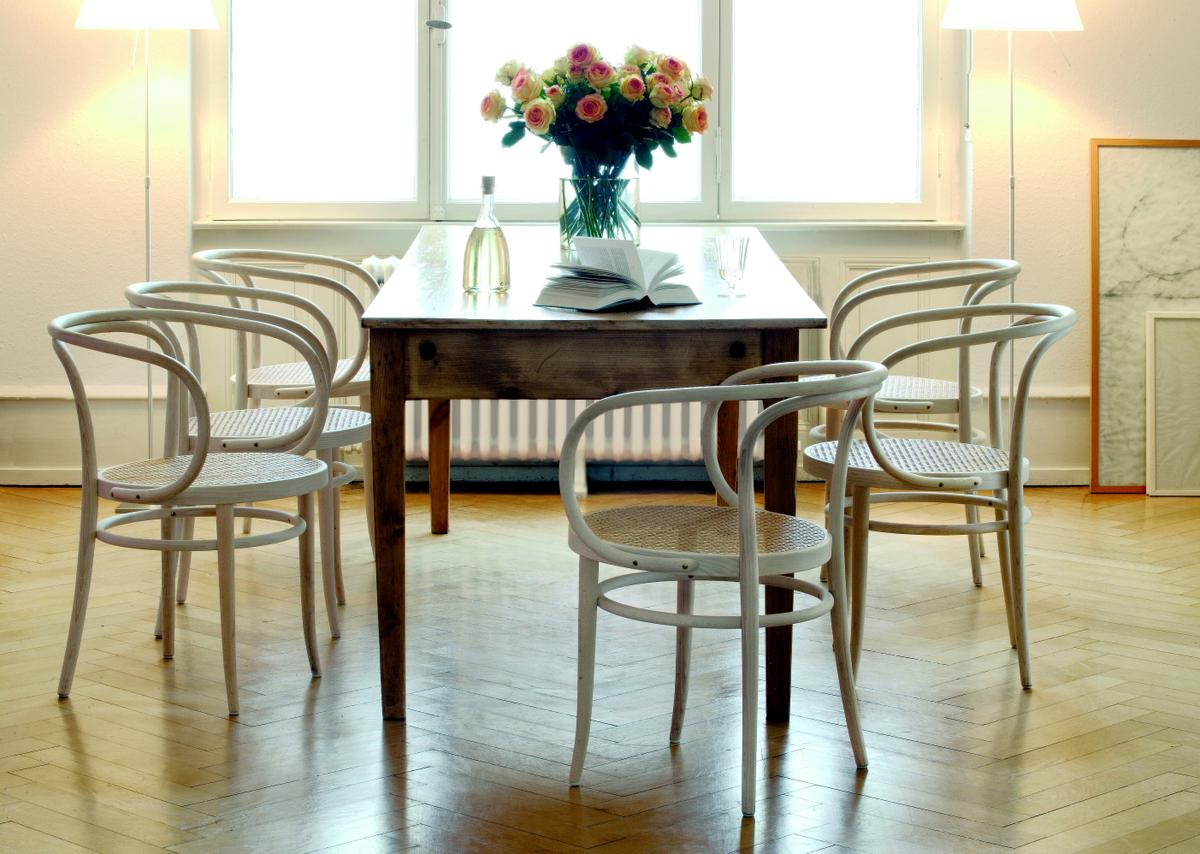 Bentwood Chair 209M