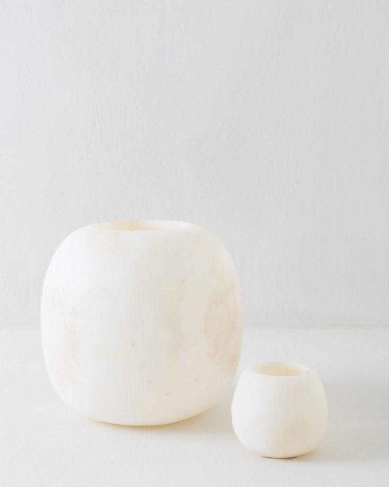 Small Round Alabast Candle Holder