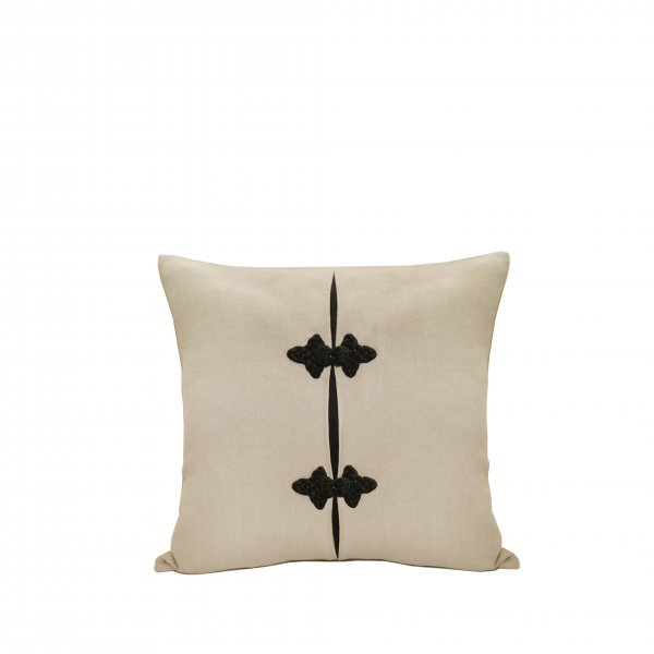 Sevilla Linen and Silk Cushion – Natural