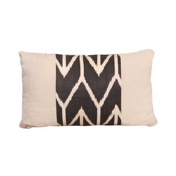 Tashkent Linen Cushion – Arrow