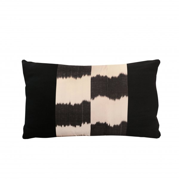Tashkent Linen Cushion – Black Chess