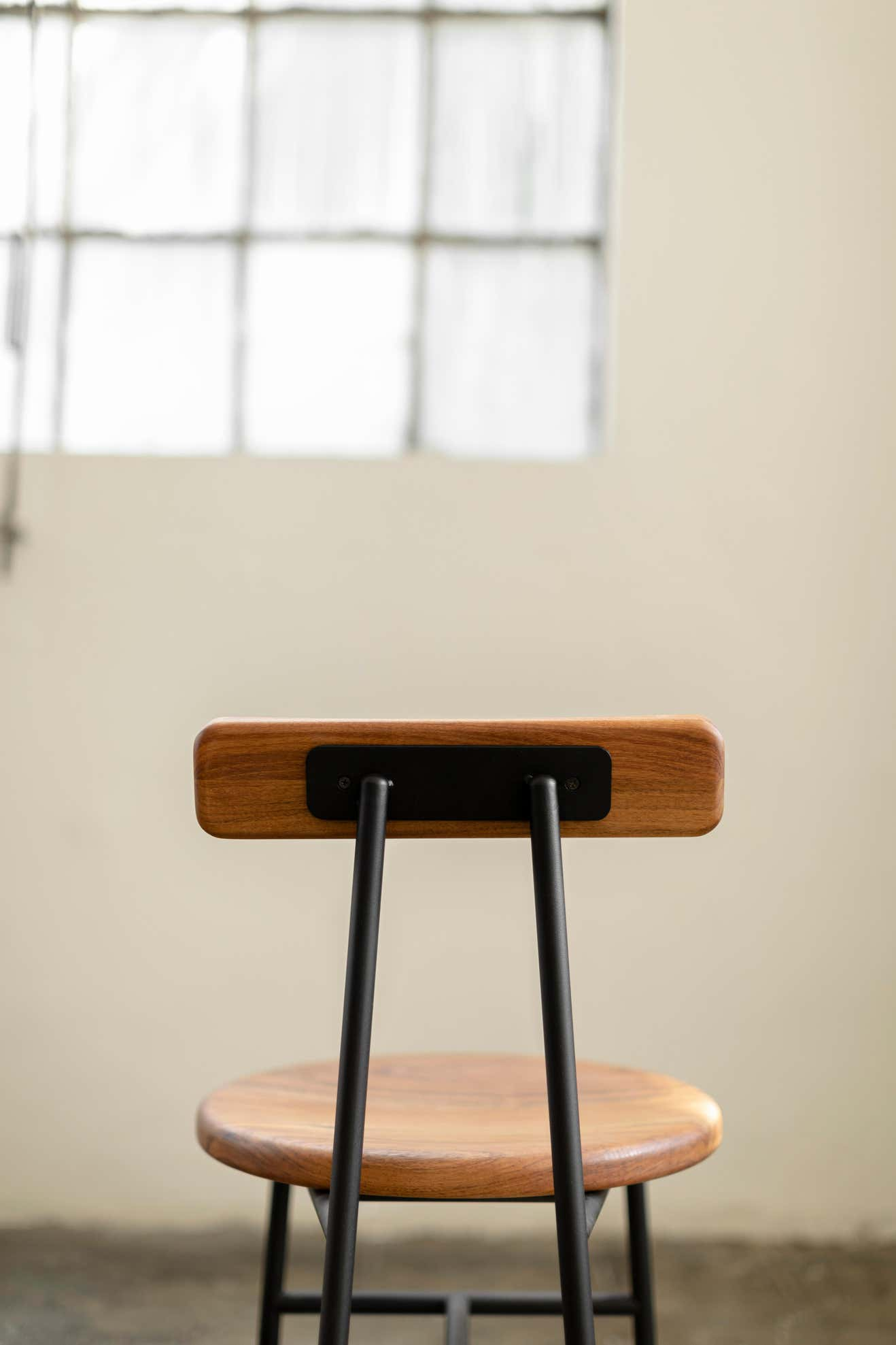 I Collection Wooden High Stool with Metallic Structure