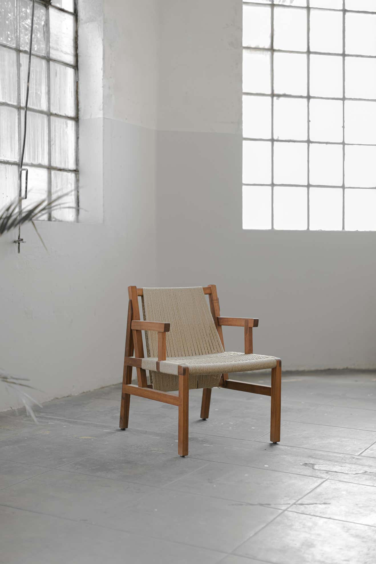SL Collection Wooden Chair with Armrest Woven with Jute